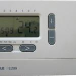 Дигитален програмируем термостат EBERLE E 200