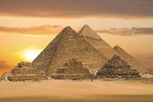 Картина за инфрачервен панел за отопление размер M 60х90 см Трите Пирамиди (М)