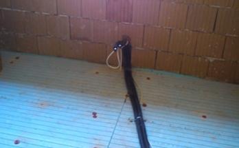 Тръби с изолация за отопление и охлаждане с воден конвектор