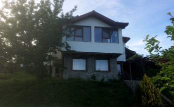 Къща в град Троян с подово отопление