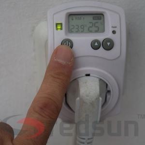 Изключване на дигитален стаен термостат PLUG IN TH-810-T